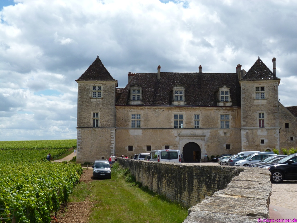 Das Château de Clos de Vougeot - was für ein wohlklingender Name!