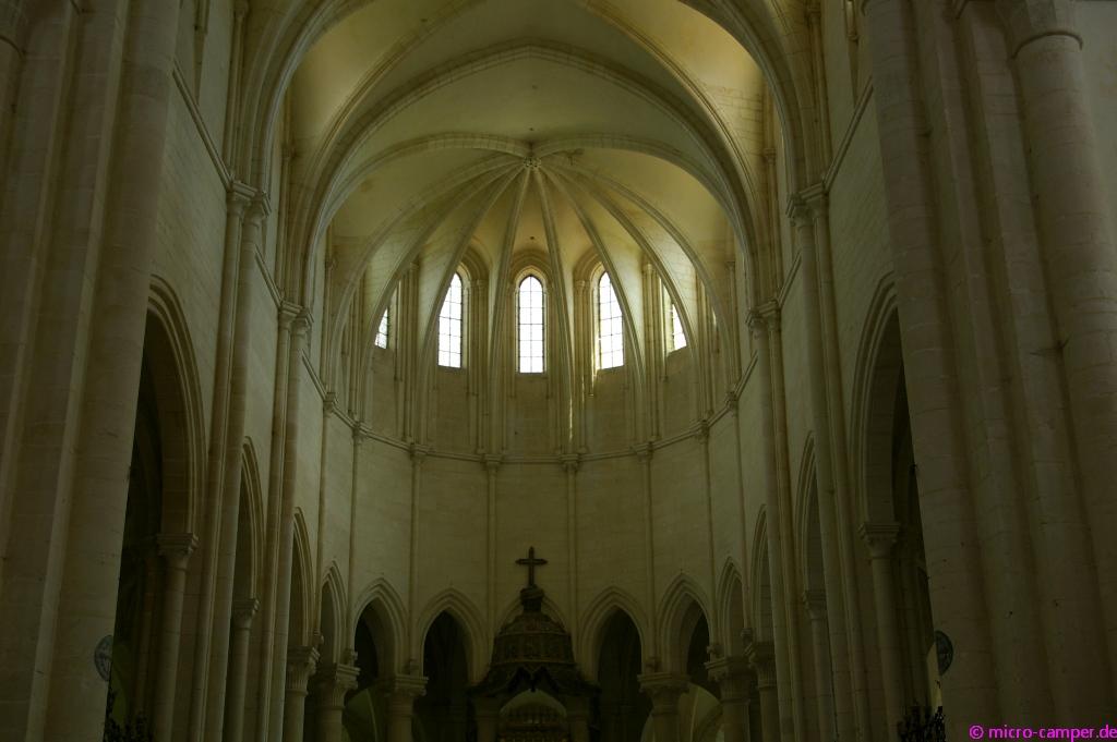 Der Chorraum der Abteikirche