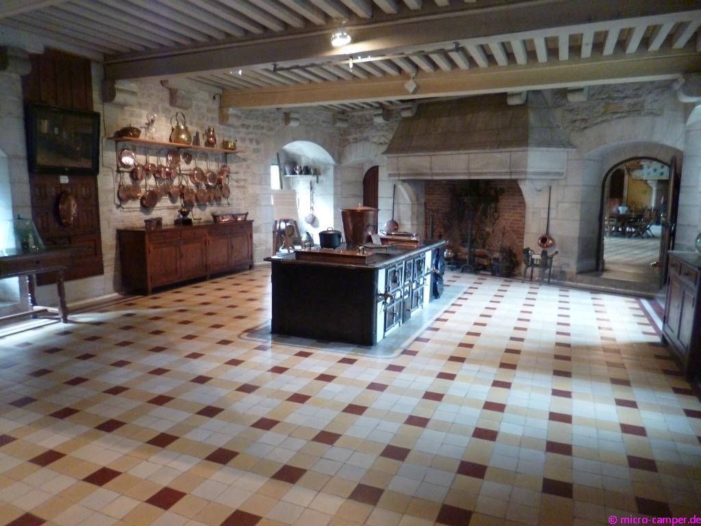 Burgund 2017 – 3. Teil: Von Meursault nach Avallon – www.micro-camper.de